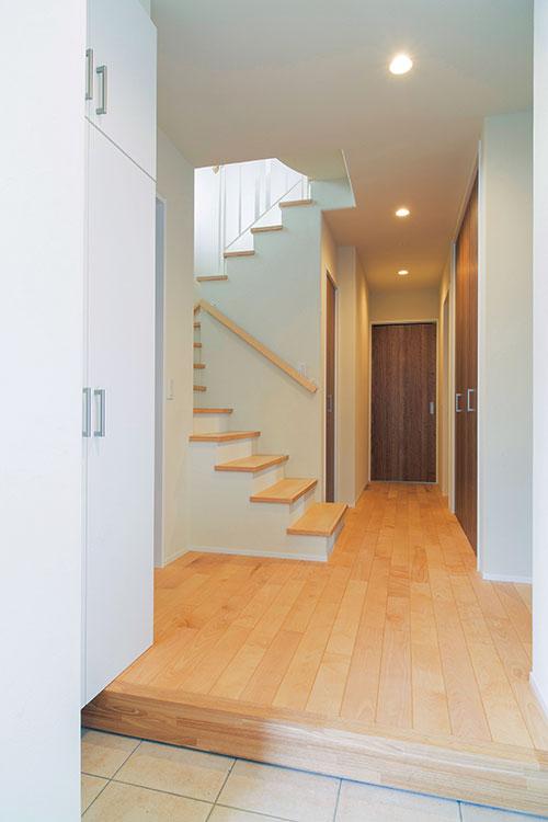 プランの自由度が高く、Tさん宅の場合は1階を寝室などのプライベート空間でまとめている