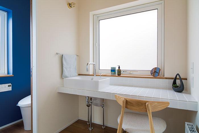 すっきりと使いやすいトイレとユーティリティ