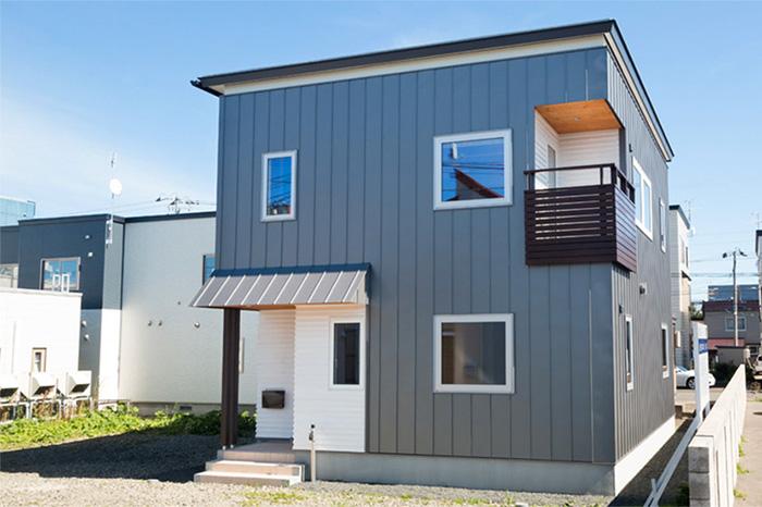 間口の狭い土地にも対応できる都市型のコンパクトな企画型住宅「SOCOCO」
